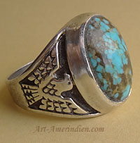 Navajo South Western american men's ring, indian ethnic / tribal jewelry made out of sterling silver and turquoise