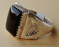 Indian native american navajo mens ring, sterling silver and onyx