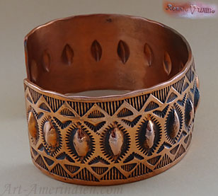 Navajo ethnic tribal copper cuff bracelet signed Ronnie Willie
